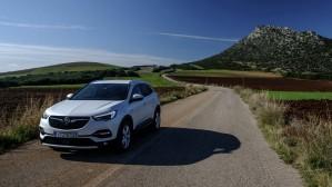 GOCAR TEST DRIVE - Opel Grandland X 1.2 Turbo