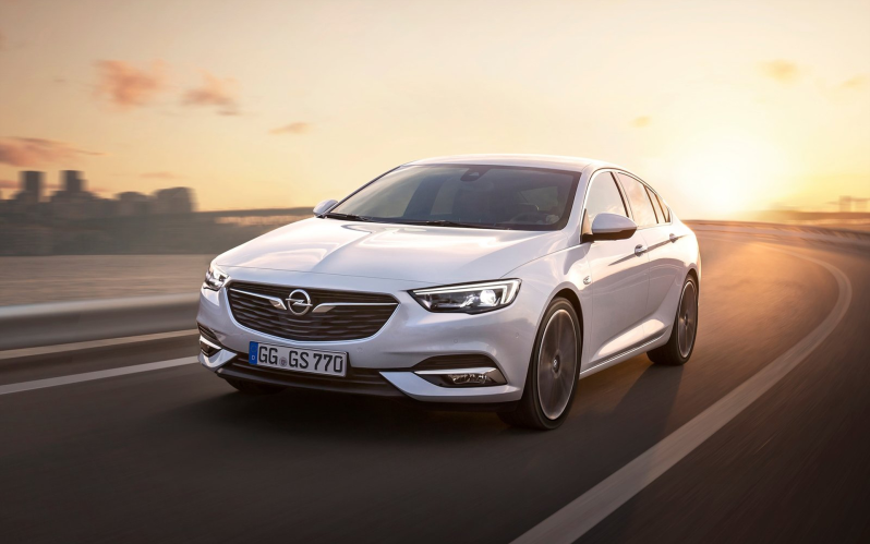 INSIGNIA GRAND SPORT 1.5T 165 PS auto 120 Edition