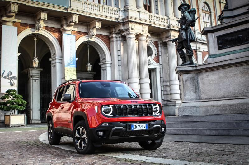 RENEGADE PLUG-IN HYBRID 1.3T 4xe 240PS S