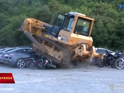 Philippines Luxury Car destruction