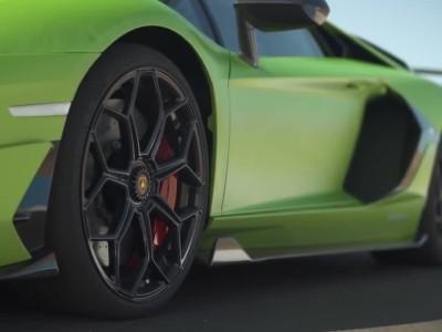 Lamborghini Aventador SVJ με launch control 0-270 km/h