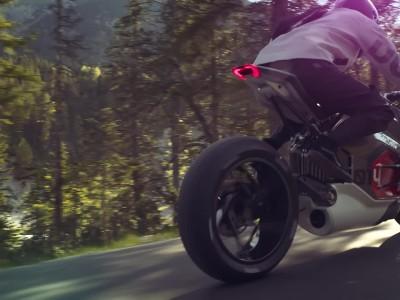 Νέα ηλεκτρική BMW Motorrad Vision DC Roadster