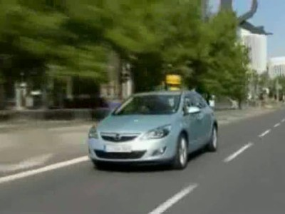 Opel Astra 5d (1)